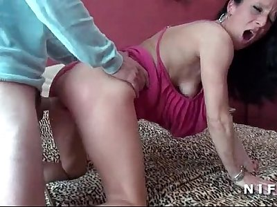 Amateur Milf cougar hard sodomized