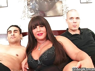 Mature milf gets double facial in threesome